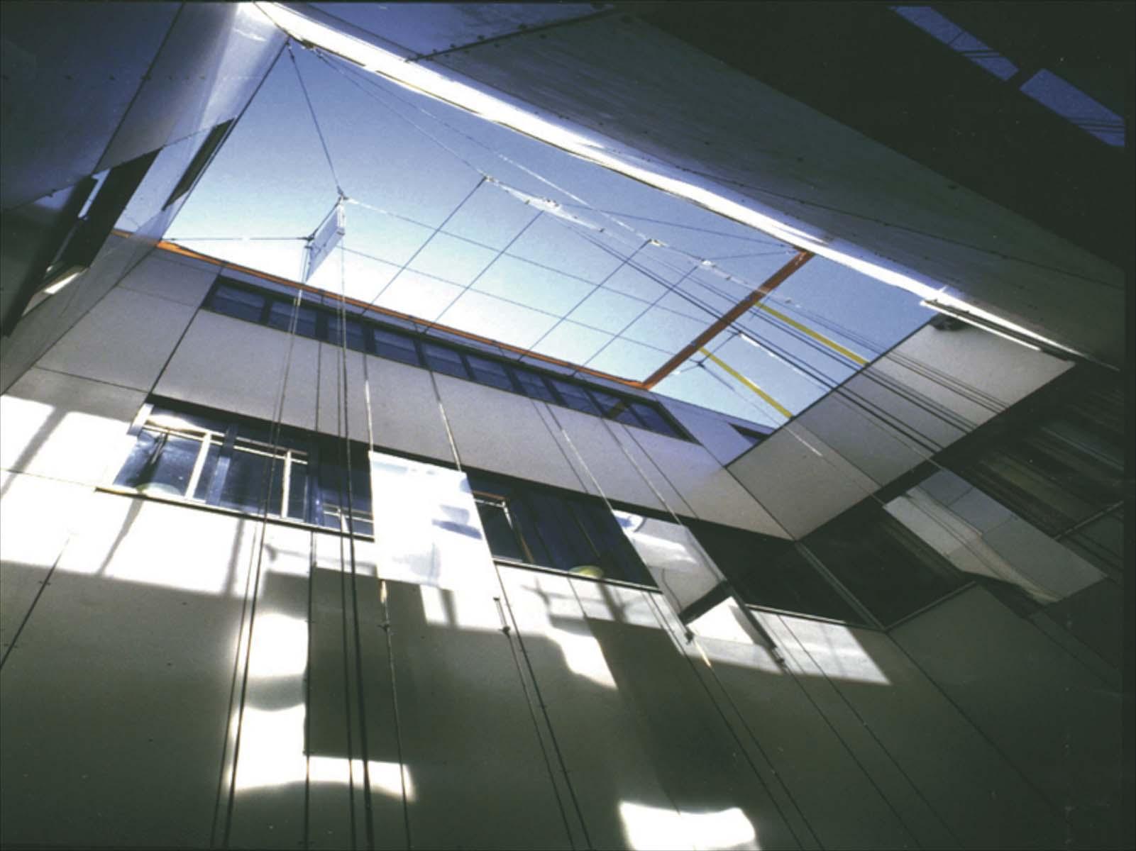 Reflectie constructie in vide